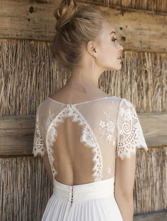 Rembo-styling-2018-Madalena-1-C-close-up-back-HR